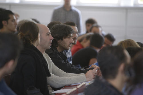 At an event at Freie Universität Berlin, refugees learned about the Welcome to Freie Universität Berlin program.