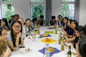Chinesische Studierende vom China Scholarship Council feierten im International House mit.