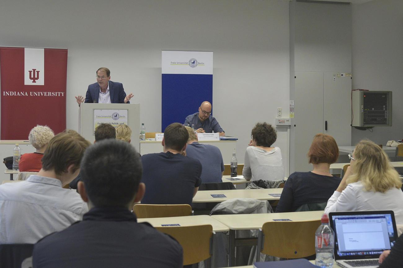 Theorie des Whistleblowings • campus.leben • Freie Universität Berlin