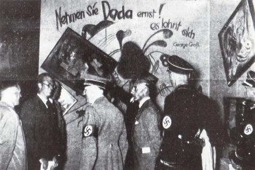 Hitler Kuckucksuhr