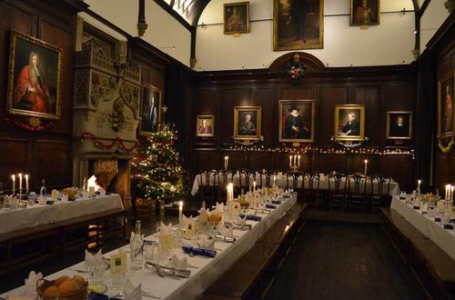 Fertig gedeckt: Christmas Dinner in Lincoln Hall.