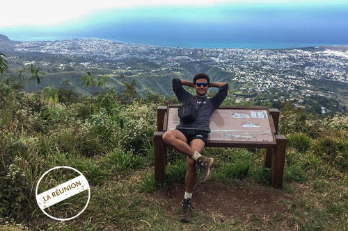 The view from Pic Adam is beautiful: Elias Aguigah has arrived in Saint-Denis, the capital of Reunion Island.