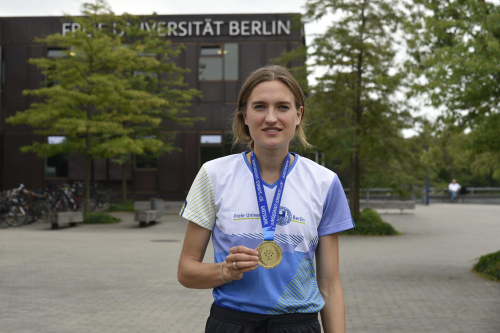 Top athlete from Freie Universität Berlin: Caterina Granz will start her Master's degree program in psychology this winter semester. In July, she won gold at the Universiade in Naples.