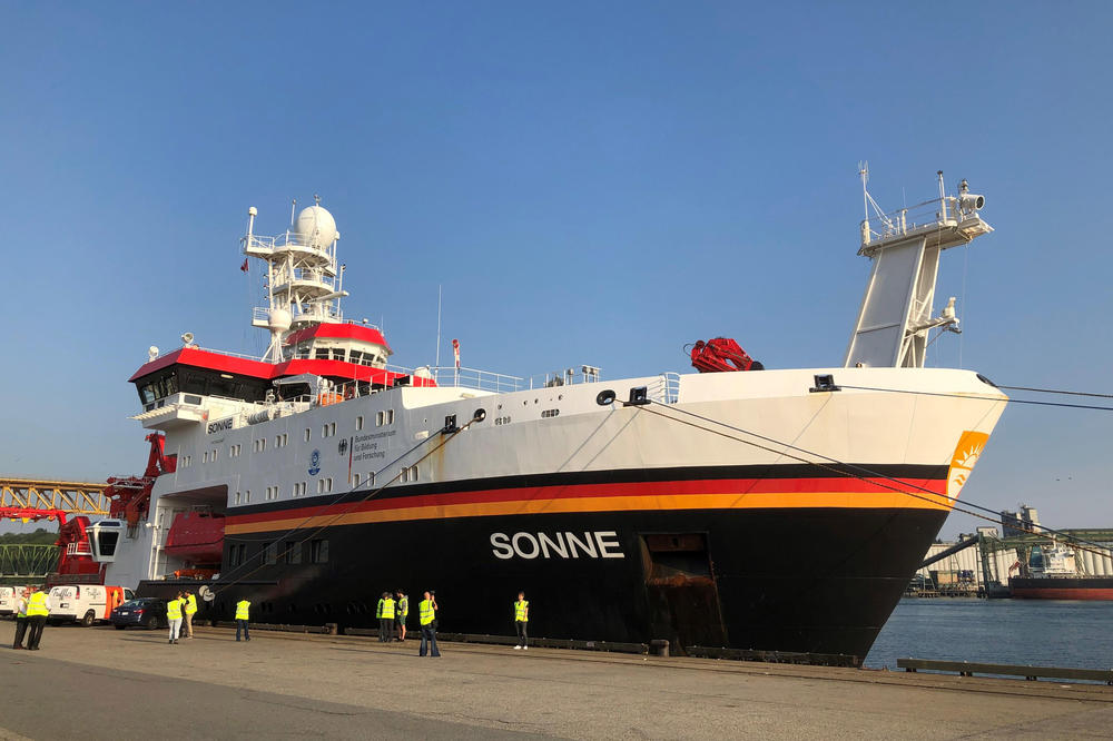 "The ""Sonne"" before setting sail on May 30. The research vessel is scheduled to reach Singapore on July 5."