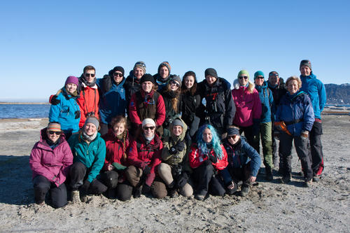 Janna Einöder's Spitsbergen Family: biology course AB-201 on a field trip during the summer.