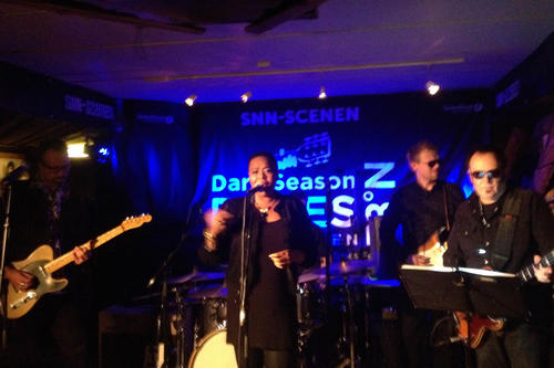 American singer Jai Malano brings blues and swing to the far north at the Dark Season Blues festival.