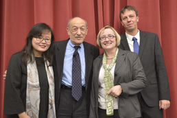 The spokespersons for the Graduate School: Prof. Eun-Jeong Lee, Prof. Verena Blechingerová-Talcott, and Prof. Klaus Mühlhahn. Ezra Vogel (2nd from left), professor emeritus from Harvard, gave the keynote address.