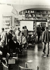 Everyday life of students in the German department, Boltzmannstrasse. Photo taken around 1960.