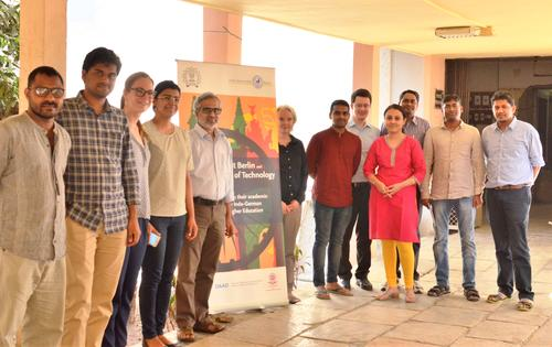 Prof. Parthsarthy and Dr. Jörgensen with other scholars from IIT Bombay and Freie Universität Berlin