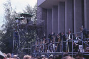 President Kennedy's visit was followed by numerous representatives of the press.