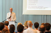 The president of Freie Universität Berlin, Prof. Dr. Peter-André Alt, gave a presentation on career support as part of the institutional strategy of Freie Universität.