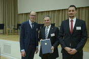 Prof. Dr. Rainer Haag and his student Leonhard Urner received the 2014 Teaching Award of Freie Universität.