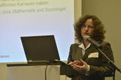 Prof. Monika Jungbauer-Gans presented the findings of a study on the importance of social networks in academic careers.