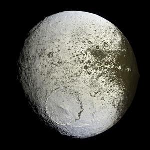 معمای قمر سیاره زحل حل شد
