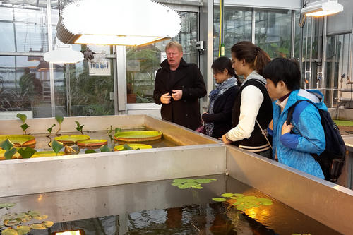 The energy efficiency measures in the Botanical Garden were demonstrated as part of an innovation incubator for campus management in November 2015.